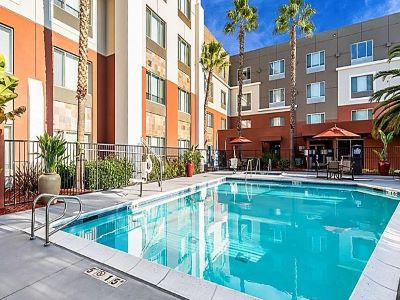 outdoor pool - hotel holiday inn exp suites milpitas central - fremont, california, united states of america