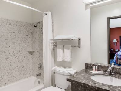 bathroom - hotel days inn by wyndham fremont - fremont, california, united states of america