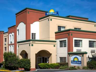 exterior view - hotel days inn by wyndham fremont - fremont, california, united states of america