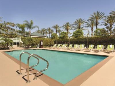 outdoor pool - hotel hilton garden inn anaheim garden grove - garden grove, united states of america