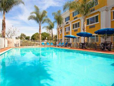 outdoor pool - hotel holiday inn express garden grove - garden grove, united states of america