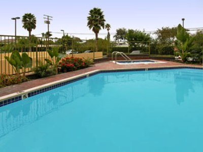 outdoor pool - hotel ramada plaza garden grove - garden grove, united states of america