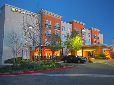 exterior view - hotel embassy suites valencia - santa clarita, united states of america