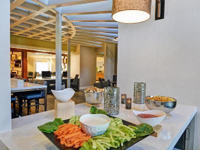 breakfast room - hotel embassy suites valencia - santa clarita, united states of america