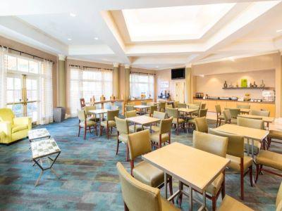 breakfast room - hotel la quinta inn tampa brandon regency park - brandon, florida, united states of america