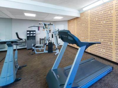 gym - hotel la quinta inn tampa brandon regency park - brandon, florida, united states of america