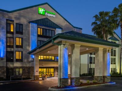 Holiday Inn Express Tampa Brandon