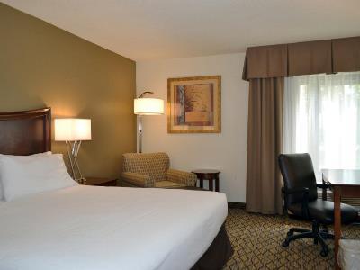 bedroom - hotel holiday inn express tampa brandon - brandon, florida, united states of america