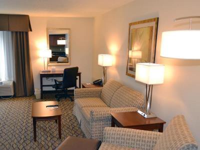 bedroom 1 - hotel holiday inn express tampa brandon - brandon, florida, united states of america