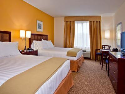 bedroom 1 - hotel holiday inn express brooksville i-75 - brooksville, united states of america