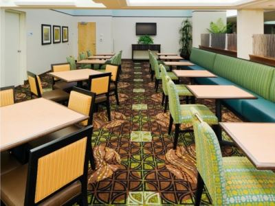breakfast room 1 - hotel holiday inn exp cape coral fort myers - cape coral, united states of america
