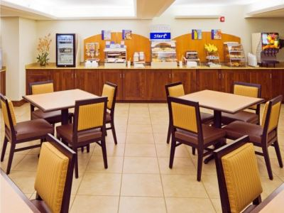breakfast room - hotel holiday inn exp cape coral fort myers - cape coral, united states of america