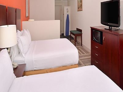 bedroom 2 - hotel holiday inn exp suites gateway to keys - florida city, united states of america
