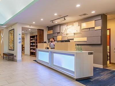 lobby - hotel holiday inn express johnson city - johnson city, tennessee, united states of america