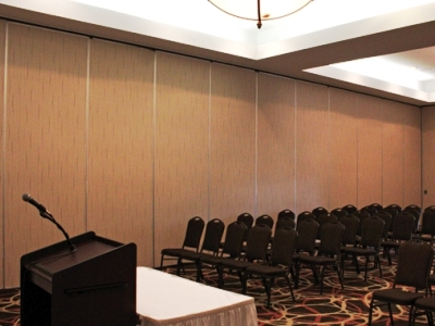 conference room 1 - hotel doubletree by hilton norfolk airport - norfolk, virginia, united states of america