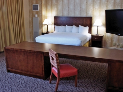 junior suite - hotel doubletree by hilton norfolk airport - norfolk, virginia, united states of america
