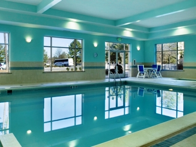 indoor pool - hotel doubletree by hilton norfolk airport - norfolk, virginia, united states of america