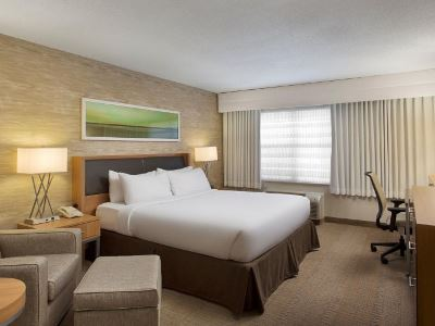 bedroom - hotel holiday inn grand rapids airport - kentwood, united states of america