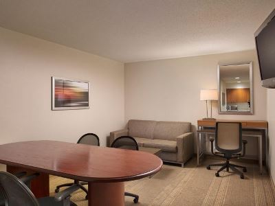 suite - hotel holiday inn grand rapids airport - kentwood, united states of america