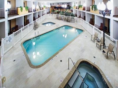 indoor pool - hotel holiday inn austin conference center - austin, minnesota, united states of america