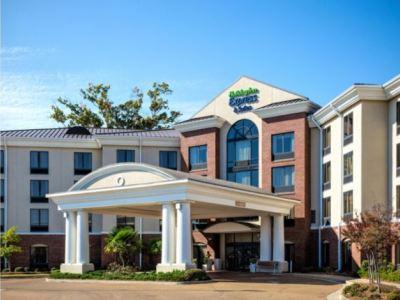 Holiday Inn Exprs Suites Jackson Flowood