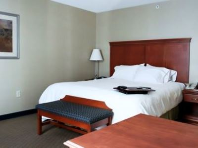 bedroom - hotel hampton inn and suites - tilton, united states of america