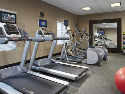 gym - hotel hilton garden inn springfield - springfield, new jersey, united states of america