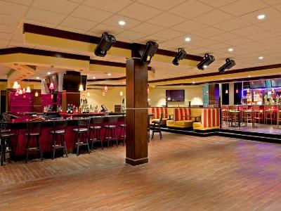 bar - hotel ramada plaza by wyndham totowa - totowa, united states of america