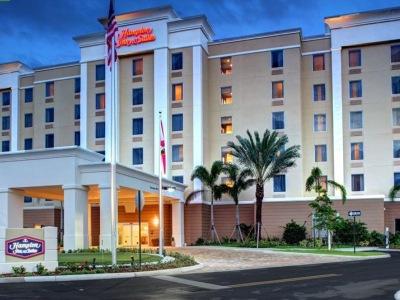 exterior view - hotel hampton inn and suites coconut creek - coconut creek, united states of america