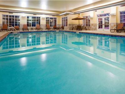outdoor pool - hotel homewood suites minneapolis-new brighton - new brighton, united states of america