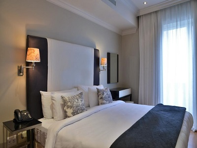 bedroom - hotel cape royale - cape town, south africa