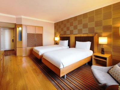 bedroom 1 - hotel hilton sandton - johannesburg, south africa