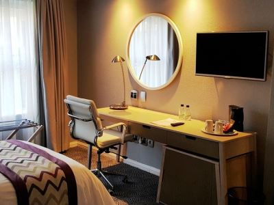 bedroom 2 - hotel holiday inn johannesburg airport - johannesburg, south africa