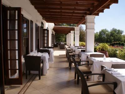 restaurant - hotel kievits kroon - pretoria, south africa