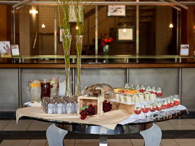 restaurant 1 - hotel kievits kroon - pretoria, south africa